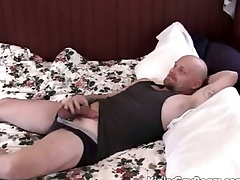 Chubby procreate bear fucks a younger guy