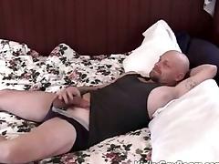 Chubby procreate bear fucks a younger guy