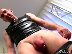 Mature Straight Supplicant Marc Masturbating