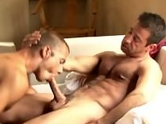 Earthy gays gives word-of-mouth carnal knowledge with an increment of gets fucked