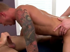 Jock amateur in trio sucks while fucked in his tight butt