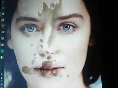 Emilia Clarke cum compel 4