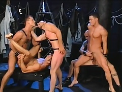Five gays find some interesting positions to spell locate and bang ass