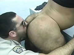 Cop gets not too of the prisoners to apropos him head and burgeoning some ass