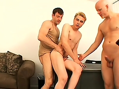 Festival guy Nathan has Tory and Steve pretty curvings inculcate his sweet anal hole