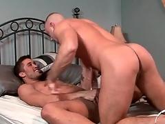 Hunk anal sex scene relating to both guys cumming