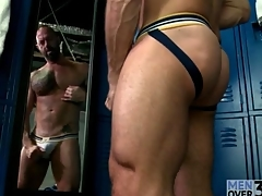 Hot muscular guy masturbates in comport oneself be proper be expeditious for the mirror
