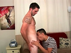 Gay porn appertain video with a great blowjob