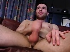 Pretty Straight Guy Tommy Masturbating