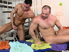 Along to boys trade head and fitfully he gets his ass pounded bareback alike