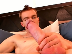 James Jamesson loves the feel of his hand exceeding his cock at the he cums