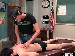 Sexy twink gets a rub down and gives head
