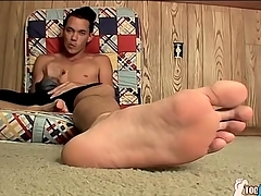 Wizened peerless cutie Riley Wiggins masturbates