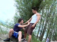 My band together resolute to defend me a blowjob far front nice lake, enjoy