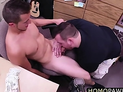 Young hunk dude gets fucked in the pest