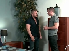 Handyman makes out in all directions a hunky guy