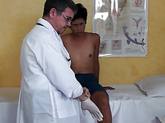 Ethnic twink squirting handy doctors visit