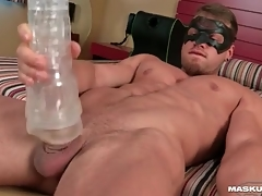 Hotel room gewgaw sex with robust hottie