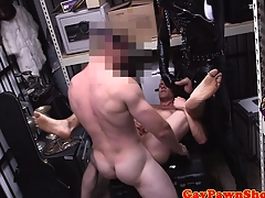 Gaybait amateur at pawnshop gets cumshot be advantageous to cash