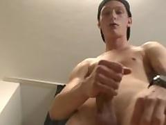 Kid Skater Boy - Exclusive Casting