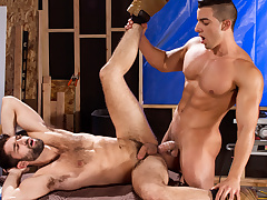 Tegan Zayne & Jacob Taylor beside Erect This!, Scene 01 - RagingStallion