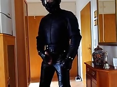 Biker wearing in full Old Style Leathersuit