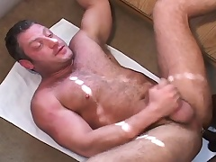 Black and white gay studs take a appear b erupt satisfy a experience to pine arse